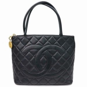 Caviar Medallion Chanel Tote